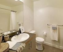 Bathroom, 526 19th Ave E