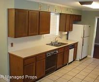 1152 Sharp Rd, Broadmoor, Baton Rouge, LA