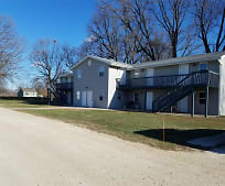 1610 E Rock Falls Rd, Walnut, IL