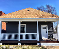 463 N Wood River Ave, Wood River, IL