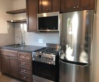 Kitchen, 204 Olive Pl