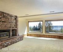 Living Room, 2371 Strawberry Hill Ln