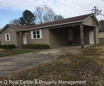 607 Gwyn Dr, Oak Grove Heights, AR