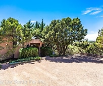 306 Brownell-Howland Rd, Pojoaque, NM