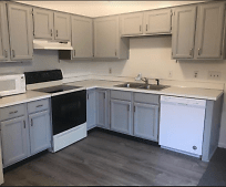 Kitchen, 3725 N Center Rd