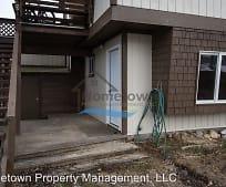 180 3rd St, Newport, WA
