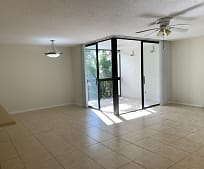 820 Lavers Cir, Delray Beach, FL