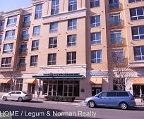 Building, 2200 N Westmoreland St
