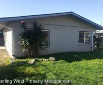 253 N 1st St, Central Point, OR