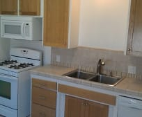 Kitchen, 2205 Green Ln
