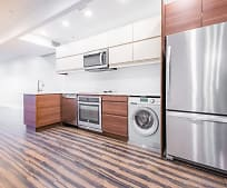 Kitchen, 108 South St