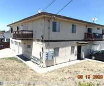 Building, 322 Vaqueros Ave