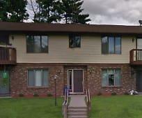 210 W John St, Poynette, WI