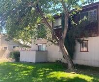 Building, 2766 Oak St