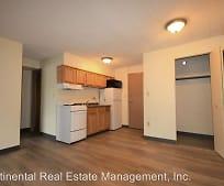 Kitchen, 415 W College Ave