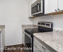 Kitchen, 322 N 6th St
