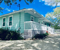 2051 NW 18th St, Crystal River, FL