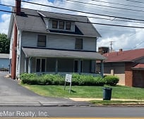 131 Poland Ave, Struthers, OH