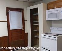 Kitchen, 401 Arch St