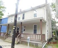 721 Sarah St, Stroudsburg, PA