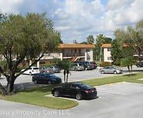 19 Abbey Ln, Villages of Oriole, FL