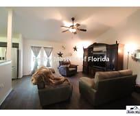 9076 Timber Ln, Navarre, FL