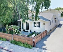 425 Oak Ave, Emerald Lake Hills, CA