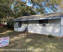 711 S 1st St, Pineywoods Community Academy Elementary School, Lufkin, TX