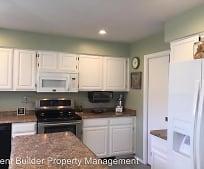 Kitchen, 11028 Griffith Park Dr NE