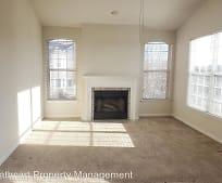 Living Room, 1015 Weybridge Ct