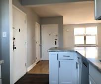 Kitchen, 825 Iroquois Ave