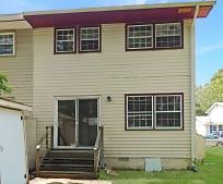 Building, 21332 Bristol Ave