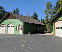 301 Elk Park Rd, Columbia Falls, MT