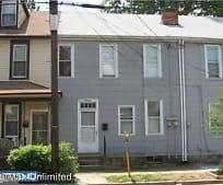 Building, 19 E Federal St