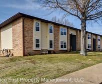 616 Evergreen Ave, Trinity Christian Academy, Hollister, MO