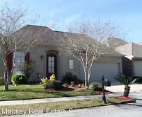10854 Woodland Oaks Dr, Village St. George, LA