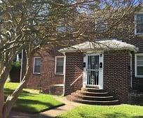 65 Nicholson St, Cradock, Portsmouth, VA