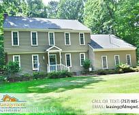 Building, 611 E Woodland Dr