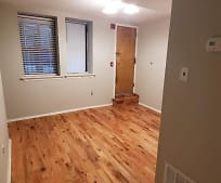 7057 Cresheim Rd, West Mount Airy, Philadelphia, PA