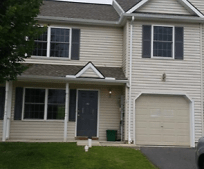17 Riverview Dr, Wrightsville, PA