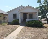 Building, 902 E 10th St