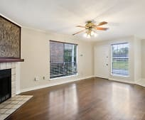 Living Room, 10233 Ballina Ave