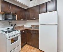 Kitchen, 335 E 33rd St