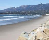 635 Sand Point Rd, Carpinteria, CA