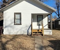 315 E Woodside St, McPherson, KS