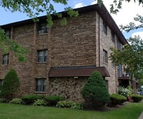 Building, 10425 Mason Ave