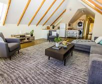 Living Room, 918 Haight St