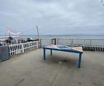 6671 Del Playa Dr, Isla Vista, CA