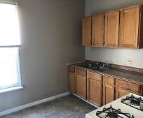 Kitchen, 305 Linden Ave