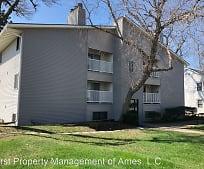 1006 Lincoln Way, Ames, IA